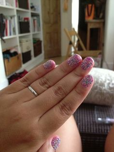 3D nail art- too cool! Love  glitter  nail polish  www.andreaelsby.com www.mirrormirror.uk.com
