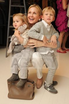 @Kelly Hood Rutherford, Hermes and Helena. ♥ Beautiful family and Kel you're a #momsofstyle ♥