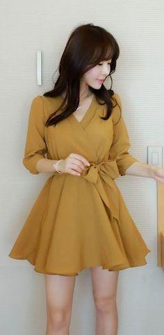 Korean Fashion – How to Dress up Korean Style – Designer Fashion Tips Asian Fashion, Trendy Fashion, Girl Fashion, Womens Fashion, Fashion Design, Fashion Hair, Style Fashion, Korean Fashion Dress, Romantic Fashion