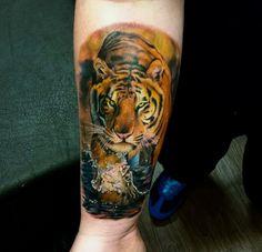 dc6b6e4f3eddd Tatuaggio Braccio Realistici Tigre Di Sacred Art Tattoo all interno  Tatuaggio Braccio Tigre   Tatuaggi di