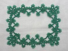 Iris Handkerchief Border Pattern