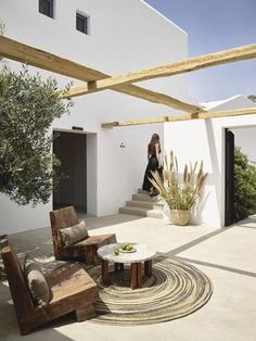 Design Exterior, Interior And Exterior, Interior Modern, Outdoor Spaces, Outdoor Living, Outside Living, Outdoor Lounge, Outdoor Chairs, Mediterranean Decor