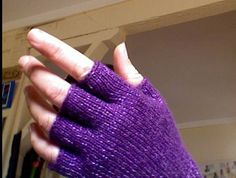fingerless gloves with pattern - KNITTING