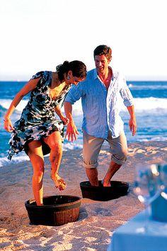 Fiesta Americana Grand Los Cabos Golf & Spa Resort http://www.weddinglocation.com/destination/fiesta-americana-grand-los-cabos-golf-spa-resort/