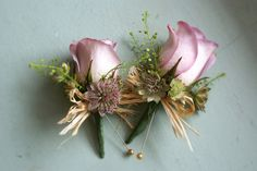 buttonholes by bloomsdayflowers, via Flickr. Memory Lane rose with astrantia, thlaspi greenbell, and raffia bow
