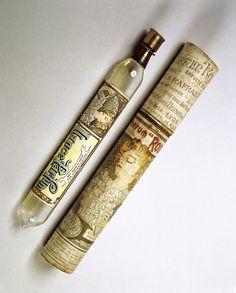 Mucha - lance_parfum_rodo_bottle