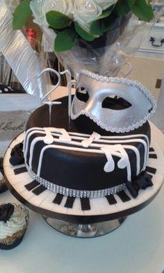 21st masquerade birthday cake www.chic-dreams.co.uk