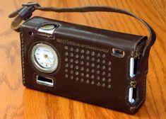 Vintage Waltham Standard Super Alarm Transistor Radio, Model AM Band, 6 Transistors, Made In The Republic Of Ireland, Circa 1964 Radios, Republic Of Ireland, The Republic, Radio Design, Radio Antigua, Transistor Radio, Flea Market Finds, Vintage Music, My Childhood Memories