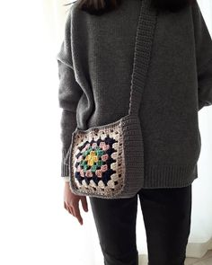 Granny Square Crochet Pattern, Crochet Granny, Knit Crochet, Crochet Patterns, Crochet Clutch, Crochet Purses, Crochet Earrings, Crochet Lingerie, Knitted Shawls