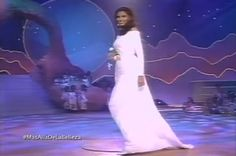 Denise  Floreano - Miss Venezuela, dentro del Top de Semifinalistas en su Desfile en Traje de Gala, en el Miss Universe 1995 by Antoni Azocar..