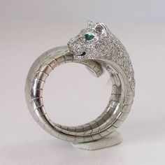 Buy and Sell Watches & Jewellery Cartier Panther Ring, Jaguar Panther, Tiger Love, White Gold Diamonds, Bling Bling, Brooch, Engagement Rings, Jewels, Gemstones