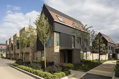 Image 10 of 25 from gallery of Abode at Great Kneighton / Proctor and Matthews Architects. Courtesy of Proctor and Matthews Architects Sustainable Architecture, Residential Architecture, Contemporary Architecture, Casa Patio, Social Housing, Affordable Housing, Brickwork, Urban Design, Townhouse