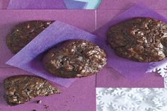 Flourless Chocolate-Walnut Cookies / Photo by Sang An