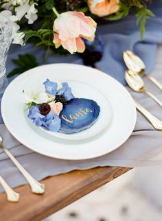 Table place setting idea with gold, blue and peach tones