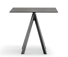 Table pliante pour terrasse Sledge NARDI
