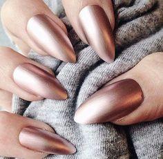 Chic rose gold metallic wedding nails
