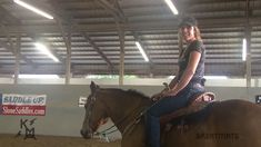 National Trainer of the Year Kelly Murphy-Alley Teaches Proper Hand Position for Barrel Racing in Part 4 of the Greatmats Horse Training Series. Barrel Racing Exercises, Barrel Racing Tips, Barrel Racing Horses, Barrel Horse, Horseback Riding Tips, Horse Riding Tips, Horse Tips, Horse Girl Quotes, Inspirational Horse Quotes