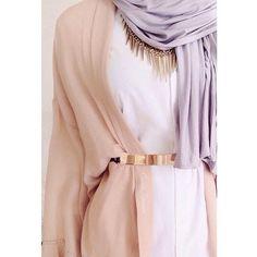 simplyxcovered (S I M P L Y C O V E R E D) on Instagram  Hijabi fashion. Statement necklace.