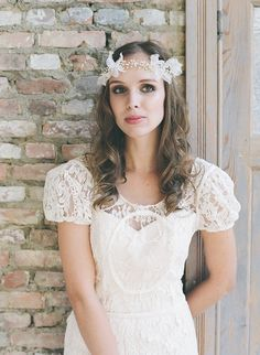 In love with these lace puff sleeves! #weddingdress