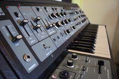 MATRIXSYNTH: ROLAND SH-5 - Vintage Analog Synth