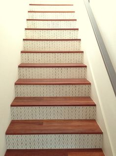 Ordinaire Give Your Staircase A Whole New Look For Under $30! Staircase Makeover, Basement  Staircase
