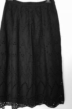 Marks&Spencer Black Skirt Size 12 waist lying flat 15 Inches side zip lined with cotton 32 inches long Waist measures lying flat Excellent Broderie Anglaise Cotton, LinedHardly worn Closet clear out Red Coral, Tie Dye Skirt, Size 12, Zip, Flat, Summer Dresses, Skirts, Cotton, Closet