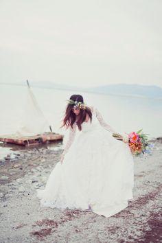 Castaway Bridal Shoot by Stephanie SunderlandComments