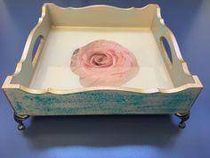 Bandeja azul artesanato trabalho manual estampa flores decoração colorido  Mais informações no Instagram: @coisi_nhas