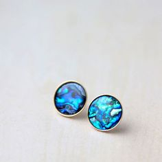 Learn how easy it is to make these inlay abalone shell earring studs with a few simple jewelry supplies.