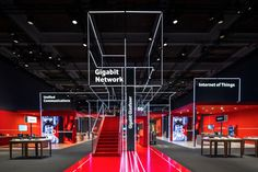 PIXEL NETWORK_Kinetic Lights_Vodafone_01