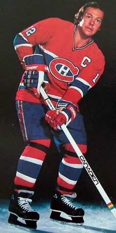 Montreal Canadiens, Mtl Canadiens, Canadian Hockey Players, Nhl Players, Women's Hockey, Hockey Cards, Baseball, Good Old Times, Vancouver Canucks
