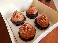 Mini Cupcakes, Recipe Box, Cheesecake, Food And Drink, Yummy Food, Sweets, Meals, Cookies, Chocolate