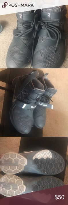 Lebron James sneakers Grey & White youth sneakers Nike Shoes Sneakers