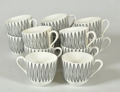 From Scandinavia with love - design _ style (Salix porcelain by Stig Lindberg. Ceramic Tableware, Porcelain Ceramics, Kitchenware, Vintage Tableware, Ceramic Cups, Stig Lindberg, Love Design, Retro Design, Graphic Design