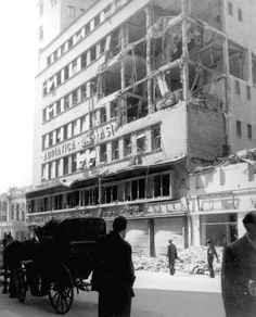 adriatica Bucharest bombing romania world war 2 bombardamente bucuresti 1944 British American, Timeline Photos, Rare Photos, Time Travel, Romania, The Past, Street View, In This Moment, World