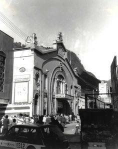 Bogotá antigua - Teatro Faenza Bogotá, Colombia Japan Spring, Beautiful Places To Visit, The Good Place, Exterior, Architecture, City, Building, Travel, Vintage Photos
