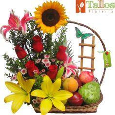 A virtual jigsaw puzzle from Jigidi Basket Flower Arrangements, Fruit Arrangements, Best Gift Baskets, Fruit Gifts, Diy Birthday, Birthday Gifts, Pink Candy, Centerpieces, Creative