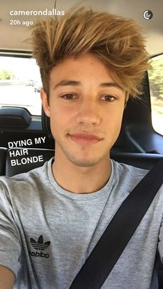 Sup I'm Cameron I'm 18 and single but looking! I have 2 sisters Madison and Maggie! I get bullied a lot so I try to ignore them! I'm famous I'm a viner,youtuber,etc! I have a group of friends and we go on tour it's called Magcon so yeah! Chat?