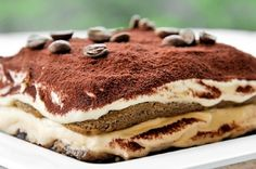 Tiramisu - layers of coffee soaked sponge lady fingers, sweet mascarpone and chocolate--MY ABSOLUTE FAV DESSERT! Italian Tiramisu, Italian Desserts, Italian Recipes, Italian Dishes, Dessert Simple, Sweets Recipes, Easy Desserts, Tiramisu Recipe, Tiramisu Cake