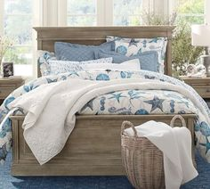Charmant Gray U0026 Blue Beach Bedroom