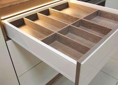 Drewniany wkład na sztućce Home Kitchens, Wood, House, Home Decor, Woodwind Instrument, Home, Timber Wood, Haus, Kitchens