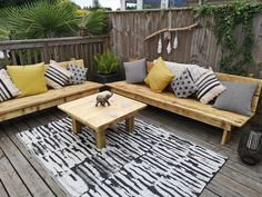 Bespoke garden sofa made from reclaimed scaffolding boards handmade by Hodders & Murray Garden Sofa, Garden Furniture, Outdoor Furniture, Melrose Avenue, Scaffold Boards, Outdoor Sofa, Outdoor Decor, Scaffolding, Garden Projects
