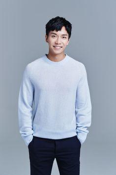 Lee Hyun, Lee Seung Gi, Hyun Bin, Asian Actors, Korean Actors, Drama Korea, Raining Men, Korean Artist, Korean Celebrities