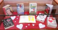 """En Infantil y Juvenil se ha creado un rincón dedicado a San Valentín. En él podéis encontrar una muestra de las obras más bonitas y más románticas contadas para los más jóvenes. Además podéis descargaros la guía de novela romántica """"De todo corazón"""" especialmente de literatura romántica. http://bibliotecadicoruna.blogspot.com.es/2014/02/novela-romantica-por-san-valentin.html"""
