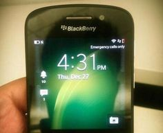 Se filtran nuevas imágenes del que sería el BlackBerry X10 (primer BB con sistema operativo 10 y teclado Qwerty físico).