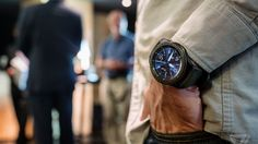 Samsung launches iPhone app for Gear smartwatches