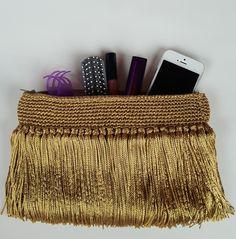 Bolsa carteira de croche com franjas