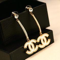 Chanel Earrings, Chanel Jewelry, Pandora Jewelry, Fashion Jewelry, Chanel Paris, Coco Chanel, Jewelry Accessories, Jewelry Closet, Earrings