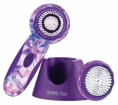 Boasting super-soft bristles and innovative technology, Michael Todd's Soniclear is the ultimate game-changer for face cleansing brushes. Facial Cleansing Brush, Cleansing Brushes, Best Cleanse, Skin Care Remedies, Game Changer, Hair Health, Skin Care Regimen, Face Skin, Skin Makeup