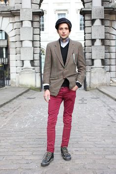 Les Garcons de Glasgow - London Street Style Paris Street Style by Jonathan Daniel Pryce Glasgow, Red Jeans, Checked Blazer, Fashion Articles, Street Style, Mens Fashion, Fashion Outfits, Men Style Tips, Double Breasted